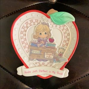 Precious Moments Teachers Plaque 1997 - new in box